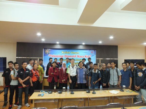 Kuliah Umum Teknologi Otomotif bersama Prof. Horizon