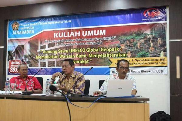 Kuliah Pembukaan Gunung Sewu UNESCO Global Geopark oleh Bappeda Gunung Kidul DIY